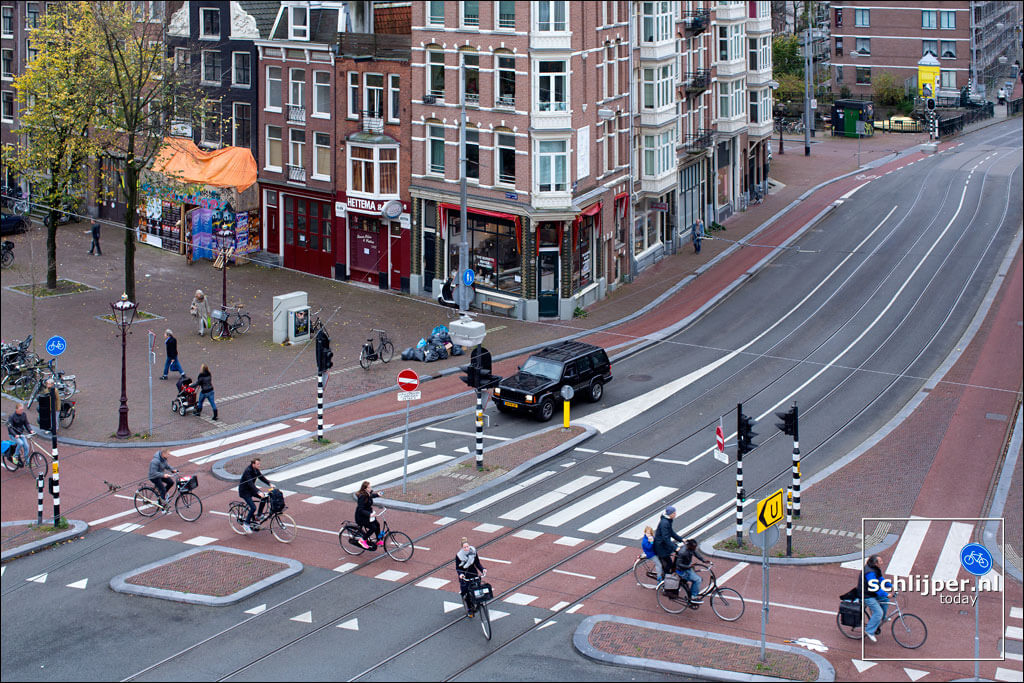 Картинки по запросу amsterdam bike lanes