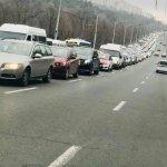 De ce Chișinăuienii fac naveta cu mașina și cum îi scoatem de la volan