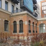 Dresda: bloc locativ ridicat peste ruine